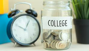 How Can Grandparents Help Pay for College