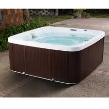 Hot Tubs for Seniors - A Nice Hot Bath