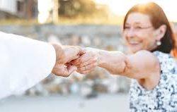 Seniors Meeting Seniors Online - Do's and Don'ts of Senior Online Dating